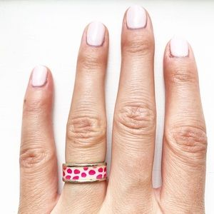 Vintage silver & pink animal print band ring